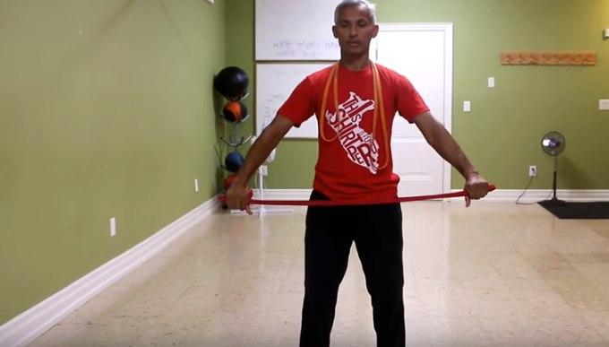 Изображение - Упражнения с резиной для плечевого сустава polukrug-s-rezinkoj