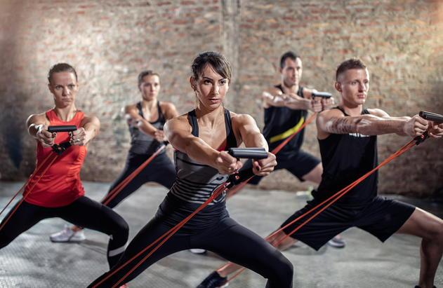 Изображение - Упражнения с резиной для плечевого сустава zhgut-rezinovyj-dlya-trenirovki-plech-foto